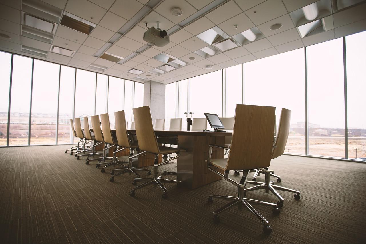 Wybór sali konferencyjnej. Pokazujemy, jak wybrać salę konferencyjną krok po kroku. 2020